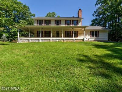 Woodbridge Single Family Home For Sale: 5316 Davis Ford Road