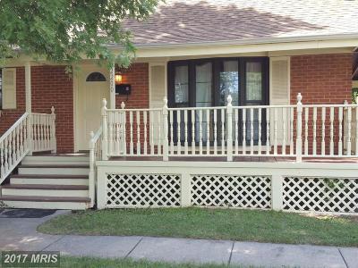 Woodbridge Single Family Home For Sale: 2200 Culpeper Drive