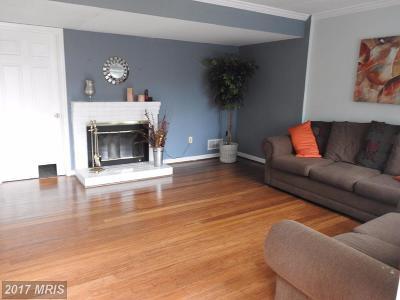 Woodbridge Townhouse For Sale: 14373 Berkshire Drive