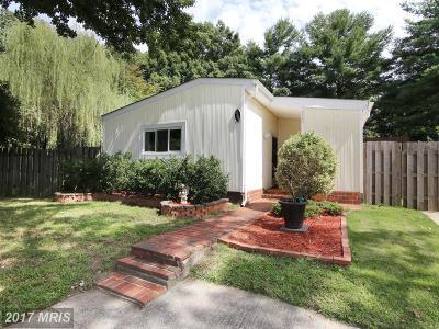 Woodbridge Single Family Home For Sale: 2303 Kingsbury Lane