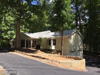 Manassas Single Family Home For Sale: 10011 Lake Occoquan Drive