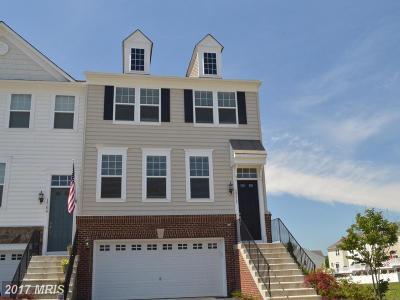 Woodbridge VA Townhouse For Sale: $425,000