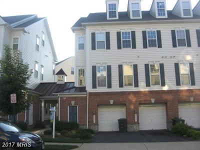 Gainesville Townhouse For Sale: 6806 Sabbarton Place #101