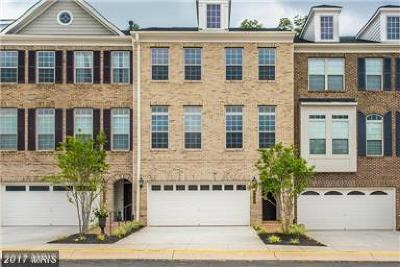 GAINESVILLE Townhouse For Sale: 7909 Turtle Creek Circle