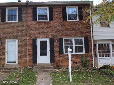 Woodbridge VA Townhouse For Sale: $229,900