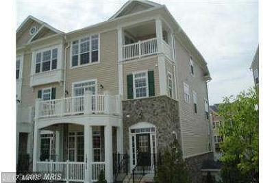 Woodbridge VA Townhouse For Sale: $310,000