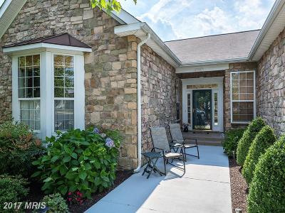 Dumfries Single Family Home For Sale: 17597 Four Seasons Drive