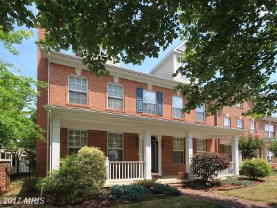 Woodbridge Single Family Home For Sale: 13763 Fleet Street