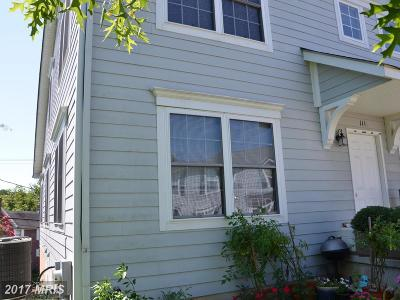 Centreville Townhouse For Sale: 111 Ridgeview Court