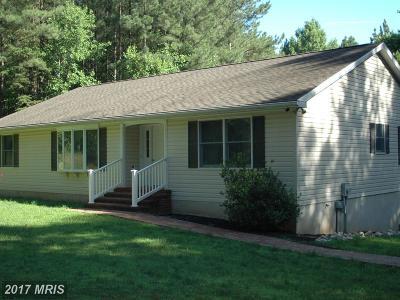 Rappahannock Single Family Home For Sale: 58 Middle Of No Way Lane