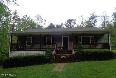 Rappahannock Single Family Home For Sale: 123 Poplar Hollow Lane