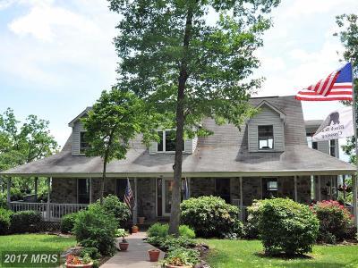 Rappahannock Single Family Home For Sale: 184 Clark Lane