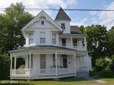 Edinburg Single Family Home For Sale: 111 N.high Street