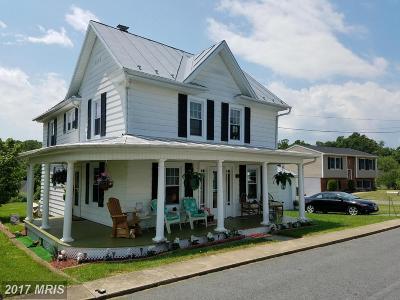 Shenandoah Rental For Rent: 137 Bank Street