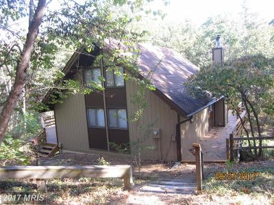 Single Family Home For Sale: 270 Pine Way