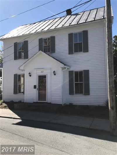 Single Family Home For Sale: 165 W Washington Street