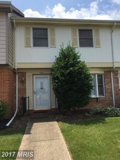 Townhouse For Sale: 209 Pelham Drive