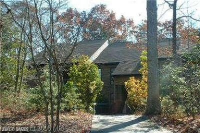 Rental For Rent: 44691501 White Oak Court #501