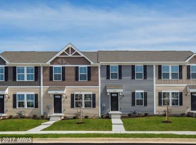Lexington Park Townhouse For Sale: 21850 Primerose Willow Lane #D