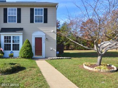 Fredericksburg Townhouse For Sale: 9824 W. Midland Way