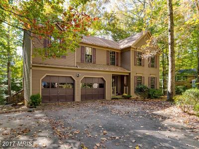 Aquia Harbour Single Family Home For Sale: 202 Harpoon Cove