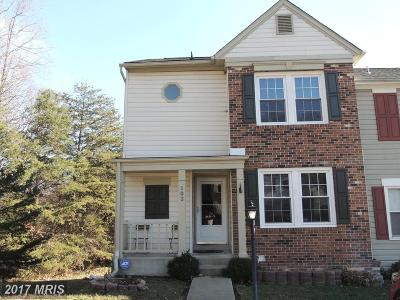 Stafford Townhouse For Sale: 102 Kings Crest Drive