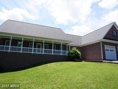 Fredericksburg Single Family Home For Sale: 195 Sanford Drive