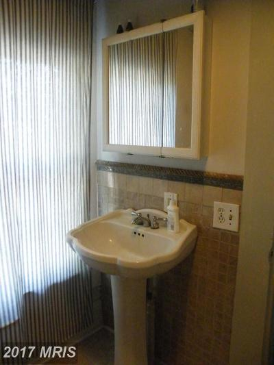 Trappe Single Family Home For Sale: 6331 Ocean Gateway