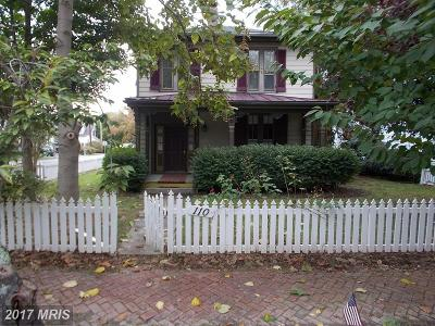 Oxford Single Family Home For Sale: 110 Morris Street