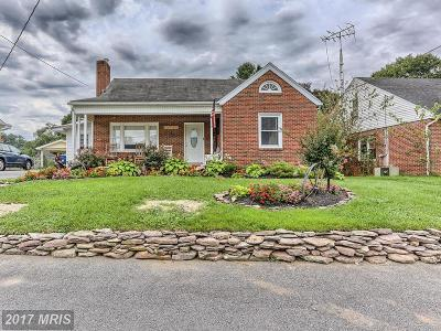 Hagerstown Single Family Home For Sale: 20011 Sheridan Avenue
