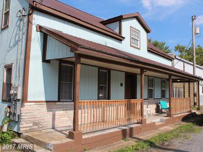 Sharpsburg Single Family Home For Sale: 206 Church Street S