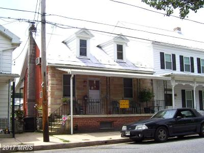 Sharpsburg Single Family Home For Sale: 204 Main Street