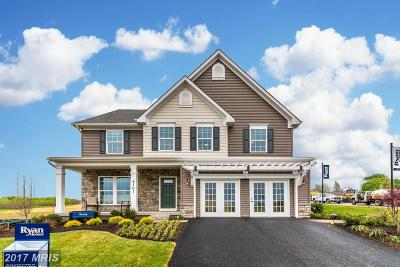 Hagerstown Single Family Home For Sale: 3 Dumbarton Dr