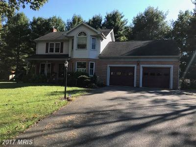 Hagerstown Single Family Home For Sale: 9800 Woodside Court