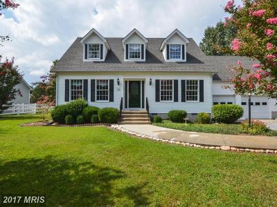 Colonial Beach Single Family Home For Sale: 105 Dogwood