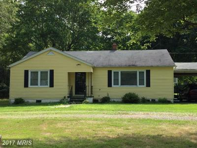 Colonial Beach Single Family Home For Sale: 7196 Leedstown Road
