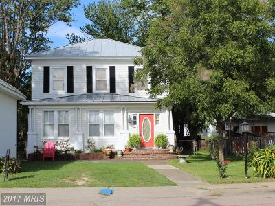 Colonial Beach Rental For Rent: 404 Washington Avenue
