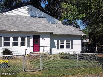 Colonial Beach Single Family Home For Sale: 35 3rd Street