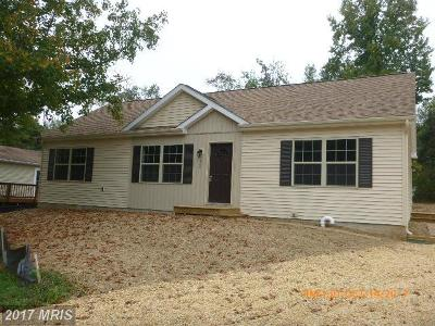 Colonial Beach Single Family Home For Sale: 284 Clearview Drive