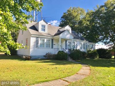 Montross Single Family Home For Sale: 94 Carver Street