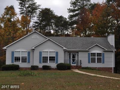 Montross Single Family Home For Sale: 218 Barnes Creek Court