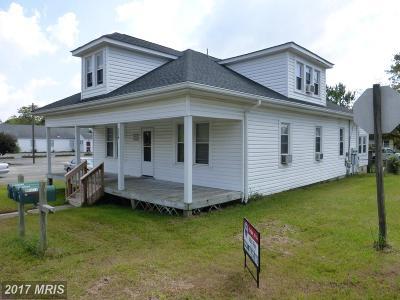 Colonial Beach Condo For Sale: 234 Wilder Avenue
