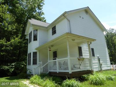 Montross Single Family Home For Sale: 20 Queens Way