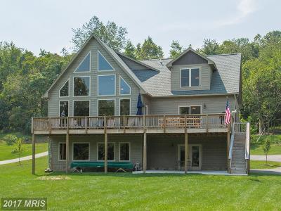 Single Family Home For Sale: 999 Osprey Lane
