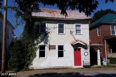 Warren Single Family Home For Sale: 12 Chester Street