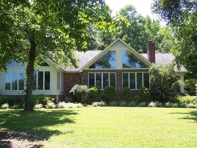 Westmoreland County Single Family Home For Sale: 222 Arlington Farm Drive