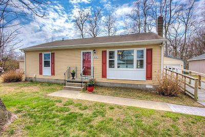 Essex County Single Family Home For Sale: 480 Riverside