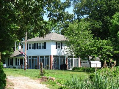 Richmond County Single Family Home For Sale: 343 River Front Lane