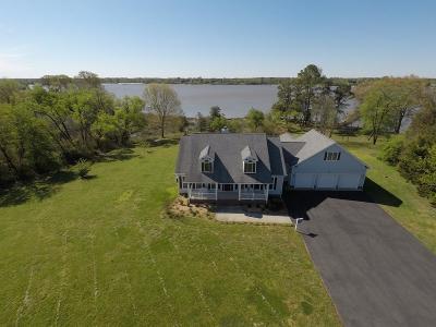 Westmoreland County Single Family Home For Sale: 460 Sebastian Avenue