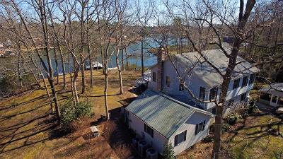 Westmoreland County Single Family Home For Sale: 107 Arlington Farm Drive